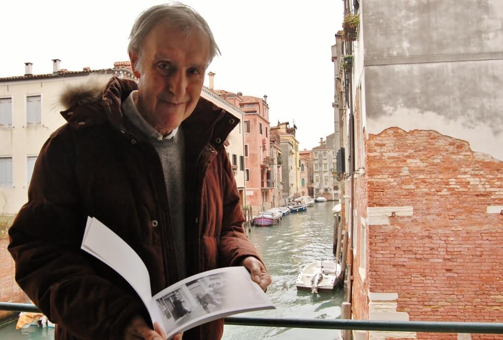 Gianni Puppini nella sua casa in Corte Grassi (1024x692)