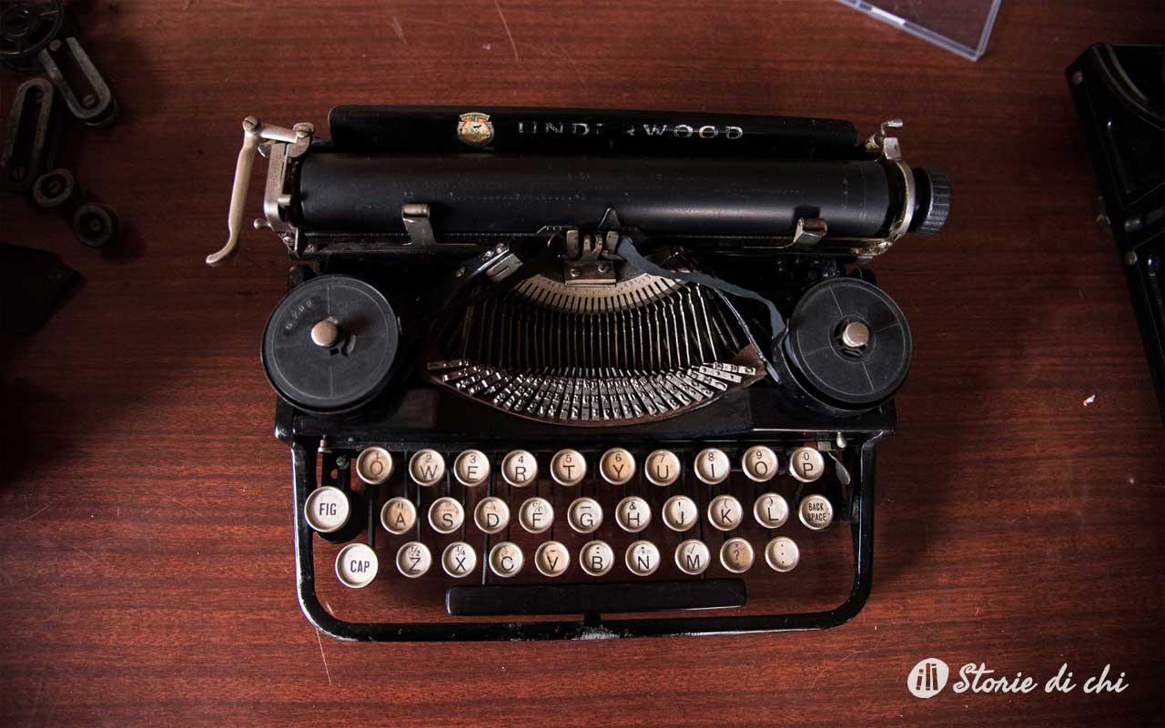 Nel rifugio di un architetto appassionato di macchine da scrivere - Architetto arreda ...